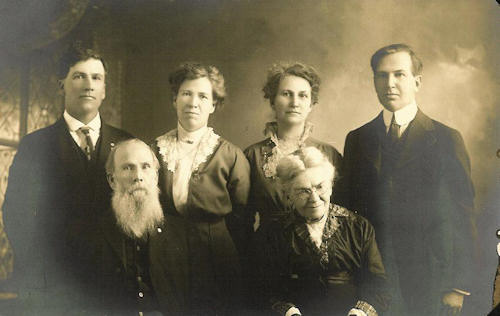 William and Hattie Soden and family