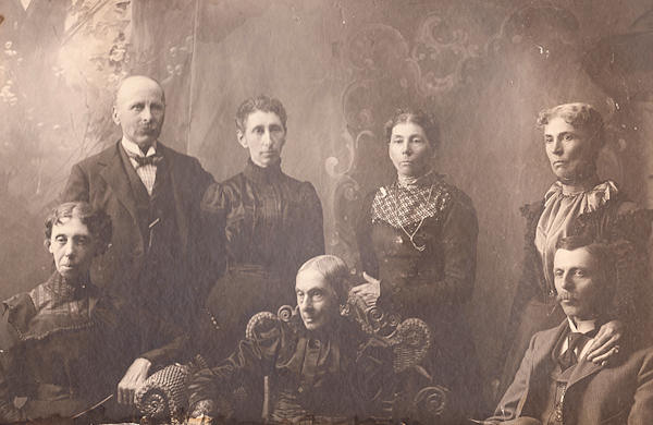 Robert P. Main family